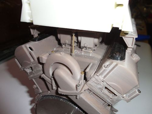HL230 P30 Engine (without inside details) in 1:6 scale